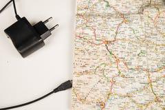 Kaart met USB-kabel royalty-vrije stock foto