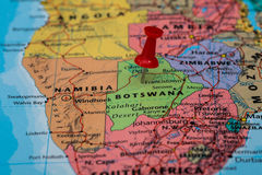 Kaart van Botswana een rode geplakte punaise Royalty-vrije Stock Fotografie