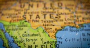 Kaart van het land van Mexico op de bol stock video