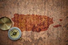 Kaart van Puerto Rico op een oud uitstekend barstdocument royalty-vrije stock afbeeldingen
