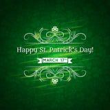 Kaart voor St. Patricks Dag met tekst en vele shamr Royalty-vrije Stock Afbeeldingen