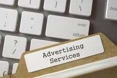 Kaartdossier met de Inschrijvings Adverterende Diensten 3d geef terug Royalty-vrije Stock Foto's