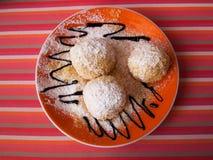 Kaas donuts met gepoederde suiker Royalty-vrije Stock Afbeeldingen