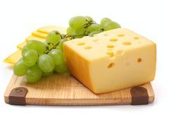 Kaas en druiven royalty-vrije stock foto's
