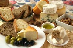 Kaas en olijvenontbijt Royalty-vrije Stock Foto