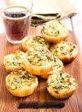 Kaas en spinazie minipastei Royalty-vrije Stock Foto's