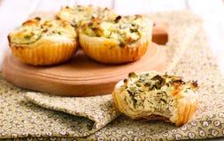 Kaas en spinaziepastei Stock Foto