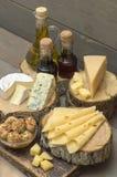 Kaas op een houten lijst Stock Foto