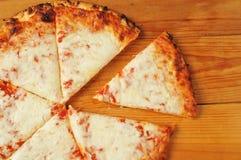 Kaaspizza Stock Afbeelding