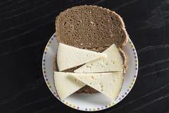 Kaassandwich met roggebrood royalty-vrije stock afbeeldingen