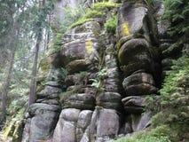 Kaasvoorraad - rotsen adršpach-Teplice Stock Foto's