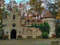 Kaatsheuvel holandie/- Listopad 03 2016: Bajka kasztel w parku tematycznym Efteling obraz royalty free