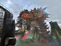 Kaatsheuvel/Nederland - 03 November 2016: Brand-ademende draak in Themapark Efteling royalty-vrije stock afbeeldingen