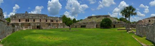 Kabah,尤加坦玛雅废墟在Puuc路线的 免版税库存照片