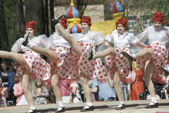 Kabaret dancing groupe stock images