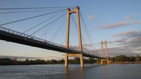 Kabel-bliven bro Arkivbilder