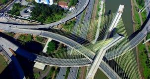 Kabel-bliven bro i världen, São Paulo Brazil arkivfilmer