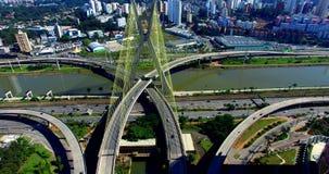 Kabel-bliven bro i världen, São Paulo Brazil, Sydamerika lager videofilmer