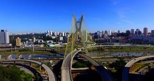 Kabel-gebleven brug in de wereld, São Paulo Brazil, Zuid-Amerika stock footage