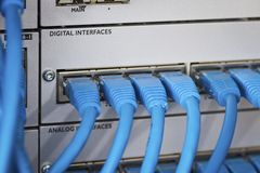 Kabel i telefonutbyte Arkivbild