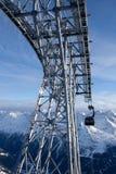 Kabelbaan in alpen Royalty-vrije Stock Afbeelding