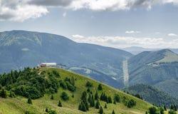 Kabelbaan bij toevlucht Donovaly, Slowakije Stock Afbeelding
