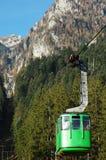 Kabelbaan op Bucegi stock afbeeldingen