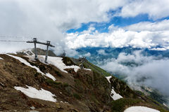 Kabelbaangondel in de bergen Royalty-vrije Stock Foto