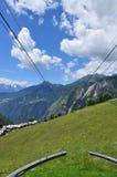 Kabelbaankabel in Aosta-Vallei, Gemzen, Italië royalty-vrije stock foto's