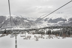 Kabelbahn bei Hatsvali Ski Station georgia Lizenzfreies Stockbild