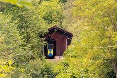 kabelbil över floden royaltyfria bilder