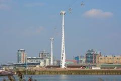 Kabelbil över flodThemsen på Greenwich, London, England Fotografering för Bildbyråer