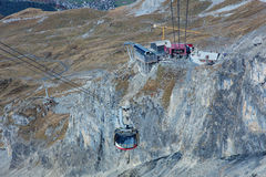 Kabelbil på Mt Titlis Royaltyfria Foton