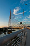 Kabelbrücke über der Save bei Sonnenuntergang in Belgrad Lizenzfreies Stockbild