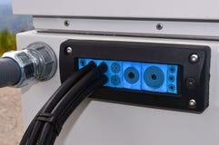 Kabelföreningspunkt med den blåa panelen Royaltyfria Bilder