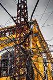 Kabelkaos i Hoi An, Vietnam arkivbilder