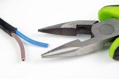 Kabelschneider und elektrischer Isolierdraht Zubehör für wählt Lizenzfreies Stockfoto