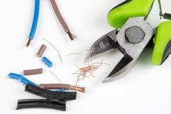 Kabelschneider und elektrischer Isolierdraht Zubehör für wählt Stockfotografie