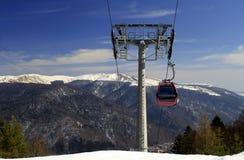 Kabelwagen in de bergen Stock Fotografie