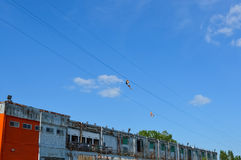 Kabelzweefvliegtuigen in oude haven, Montreal stock foto