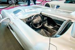 Kabin av den storslagna tourerbilen Mercedes-Benz SLR Stirling Moss (den inskränkta upplagan, 75 medel), 2009 Arkivfoton