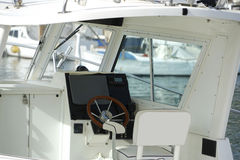 Kabin av kryssningmotorbåten Royaltyfri Fotografi