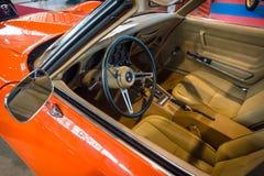 Kabin av kupén för sportbilChevrolet Corvette stingrocka (C3), 1975 Arkivbild