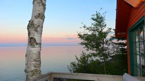Kabina Na jeziorze obrazy stock