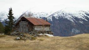 Kabina w górach Obrazy Stock