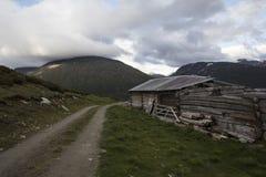 Kabina w Norweskim parku narodowym Zdjęcia Stock
