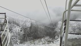 Kabina wagon kolei linowej wolno wzrasta górna stacja zdjęcie wideo