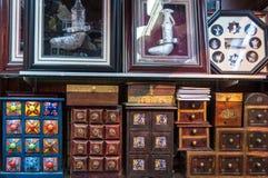 Kabinett skärm för handgjorda kryddor Arkivfoton