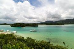 Kabira fjärd i den Ishigaki ön, Okinawa Japan Arkivbild