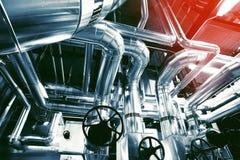 kable wyposażenia fabryki rurociągi zdjęcie stock